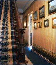 http://talamasca.ru/vaults/landmarks/gh_foyerstairs.jpg